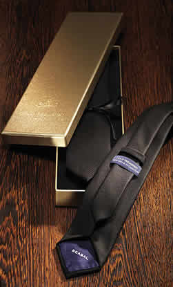 scabal gold tresure tie world most expensive tie ?